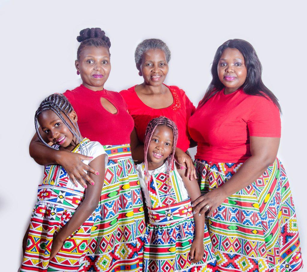 femme-noire-famille